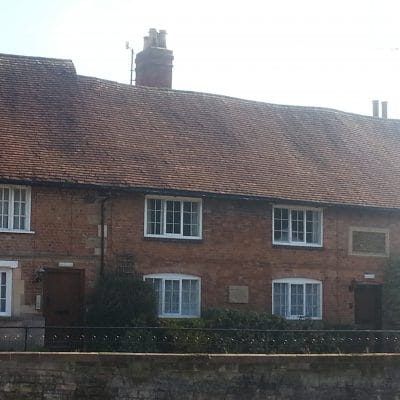 The Almshouses, Castle Hill